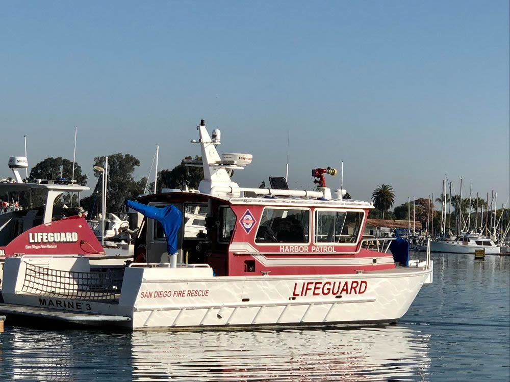 images/hero-fire/LifeGuard-Boat.jpg